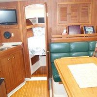 2001 Mainship Pilot 34, 8