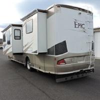2006 Coachmen Epic 3480 DS, 2