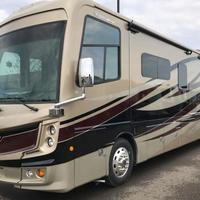 2017 Fleetwood Discovery 39F, 1