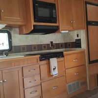 2011 Winnebago Chalet 31CR, 3