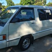 1984 Toyota Passenger Van LE, 4