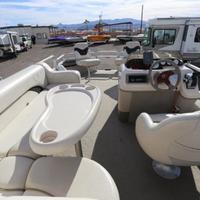 2004 Sun Tracker Signature Series Fishing Barge 21, 18