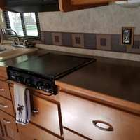 2011 Winnebago Chalet 31CR, 12