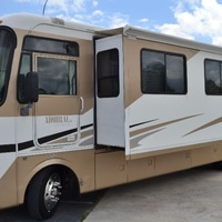 2005 Holiday Rambler Admiral 33PBD, 4
