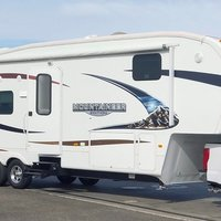 2011 Keystone Montana Mountaineer 326RLT Hickory Edition, 0