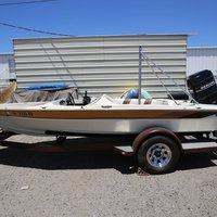 1986 Commander Boats BowRider 16, 16