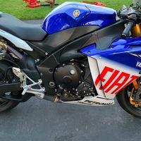 2010 Yamaha Yzf-r1 LE, 8