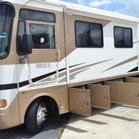 2005 Holiday Rambler Admiral 33PBD, 8