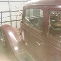 1934 Chevrolet 5 window 2 door, 3